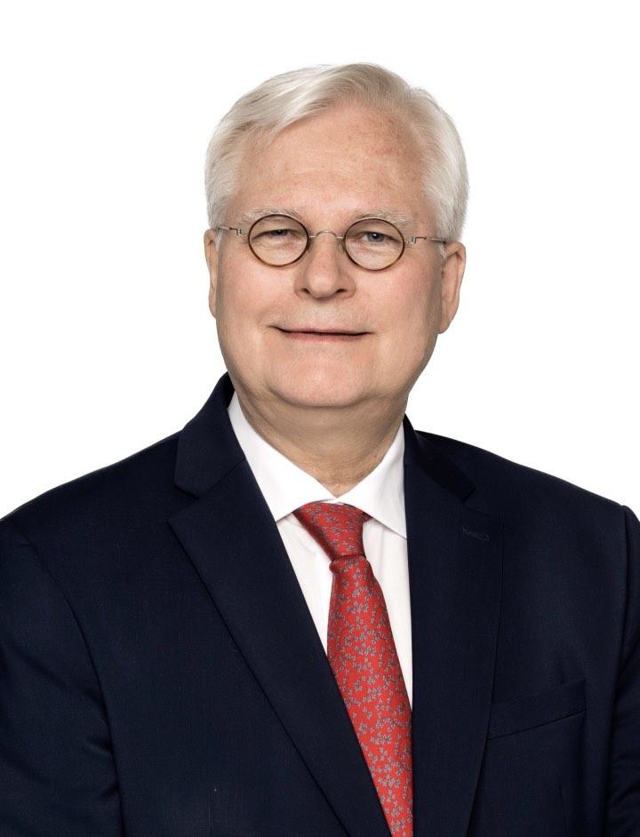 Dr. Mathias Schlichting/Chairman